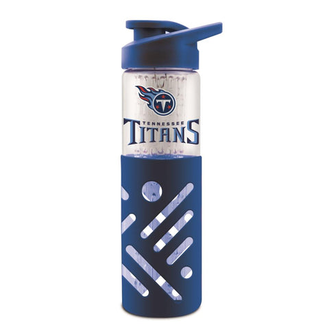 TENNESSEE TITANS GLASS WATER BOTTLE W SILICON PROTECTOR SLEEVE 23 OZ