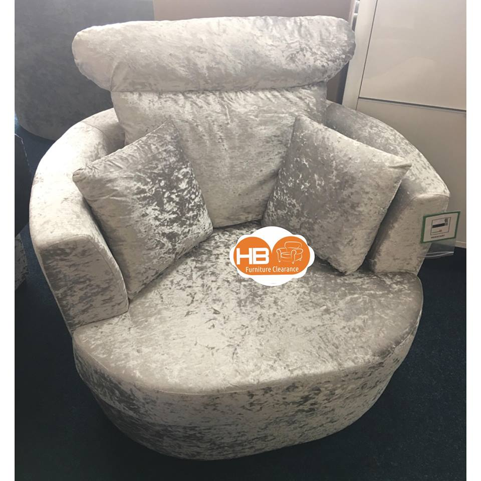 CRUSHED VELVET CUDDLE CHAIR