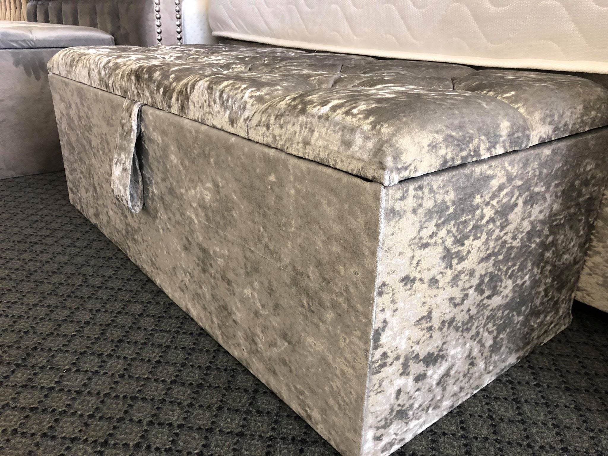 BEDDING BOXES/OTTOMAN STORAGE BOX