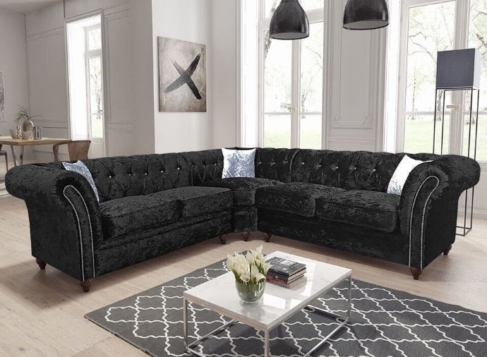 DERBY CHESTERFIELD SUITE- BLACK OR SILVER