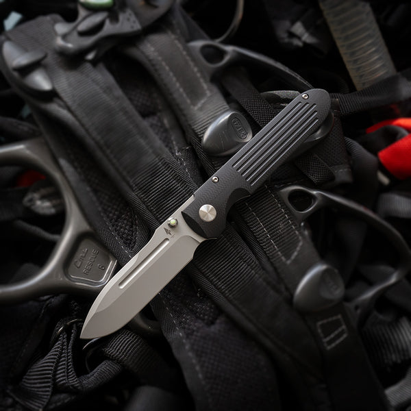 Invictus-AT Black G10