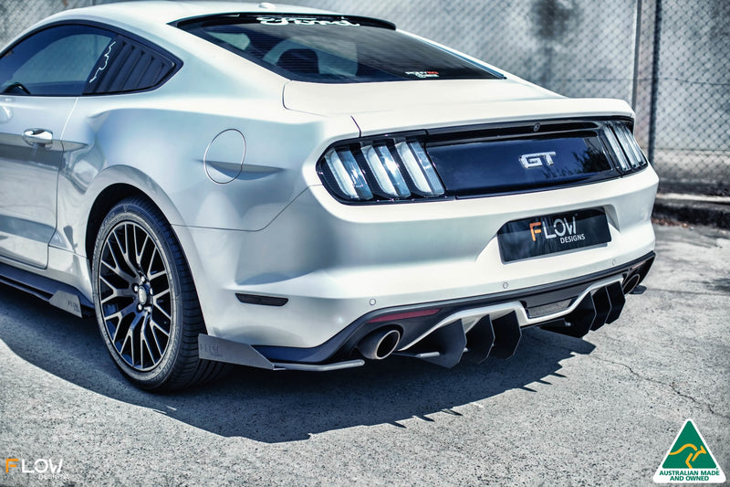 White Ford Mustang S550 FM Rear Spats/Pods Winglets