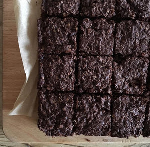 Chocolate, Date and Almond Breastfeeding Brownie Mix (makes 16 brownies)