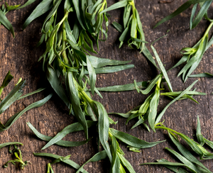 Tarragon: Uses, Benefits & Recipe Ideas