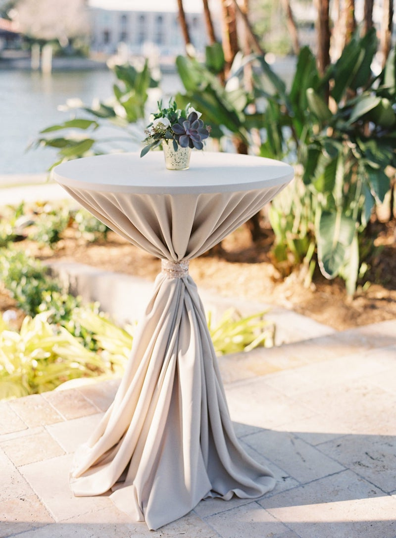 Champagne Tablecloth Outdoor Wedding