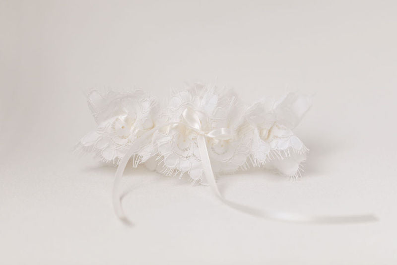 ivory eyelash lace wedding garter heirloom