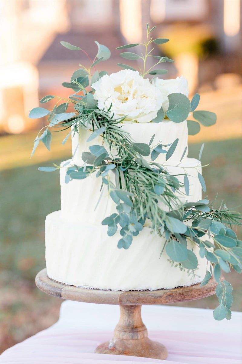 Live Greenery for Wedding Cake
