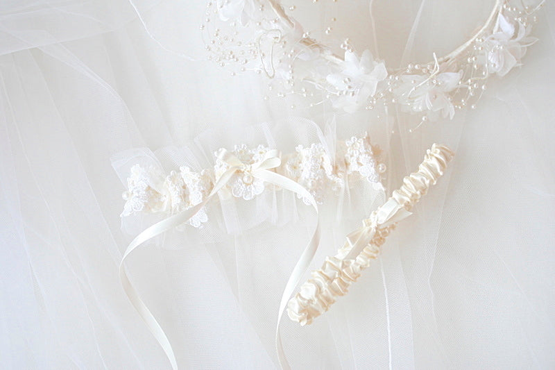 custom wedding garter made from the bride's mother's wedding veil