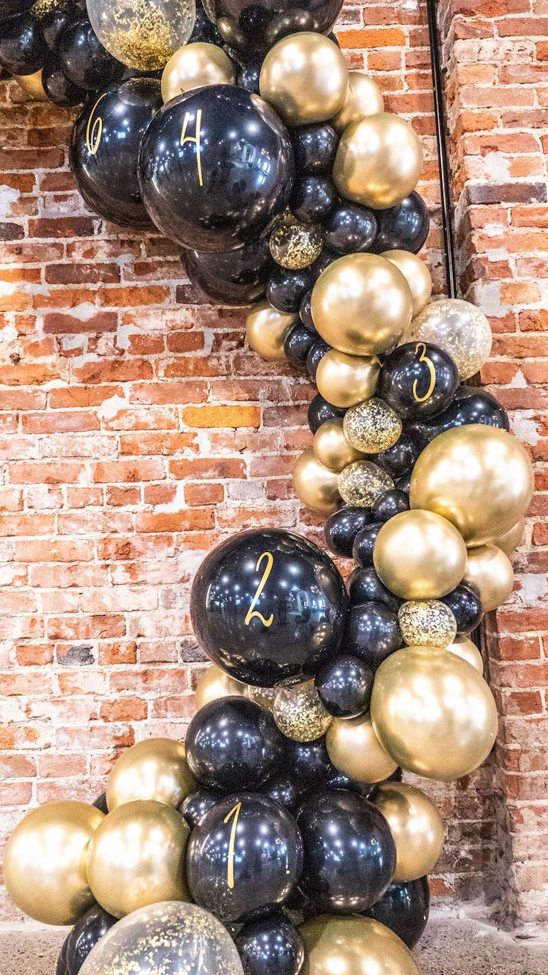 New Years Eve Countdown Balloon Arch