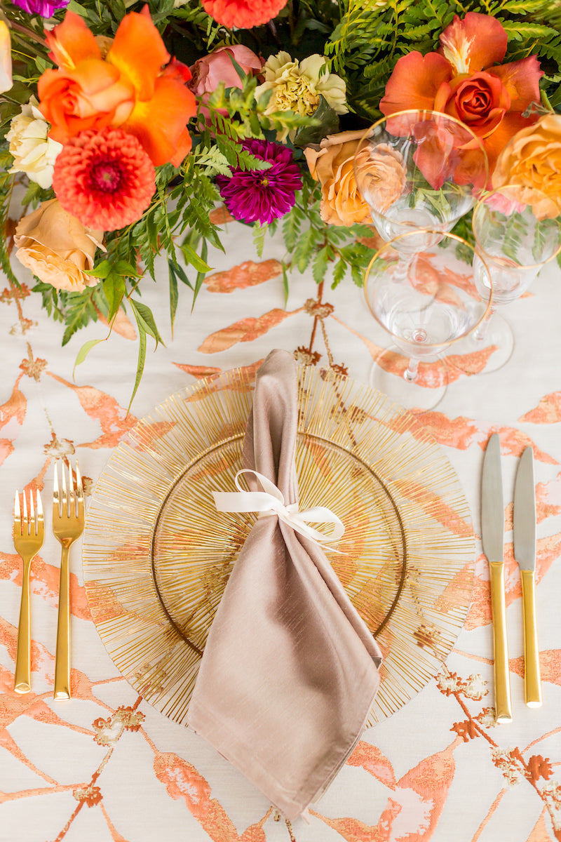 Bright Floral Table Design