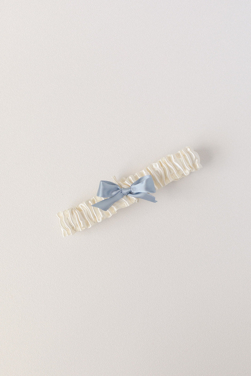 custom garter with lace and blue