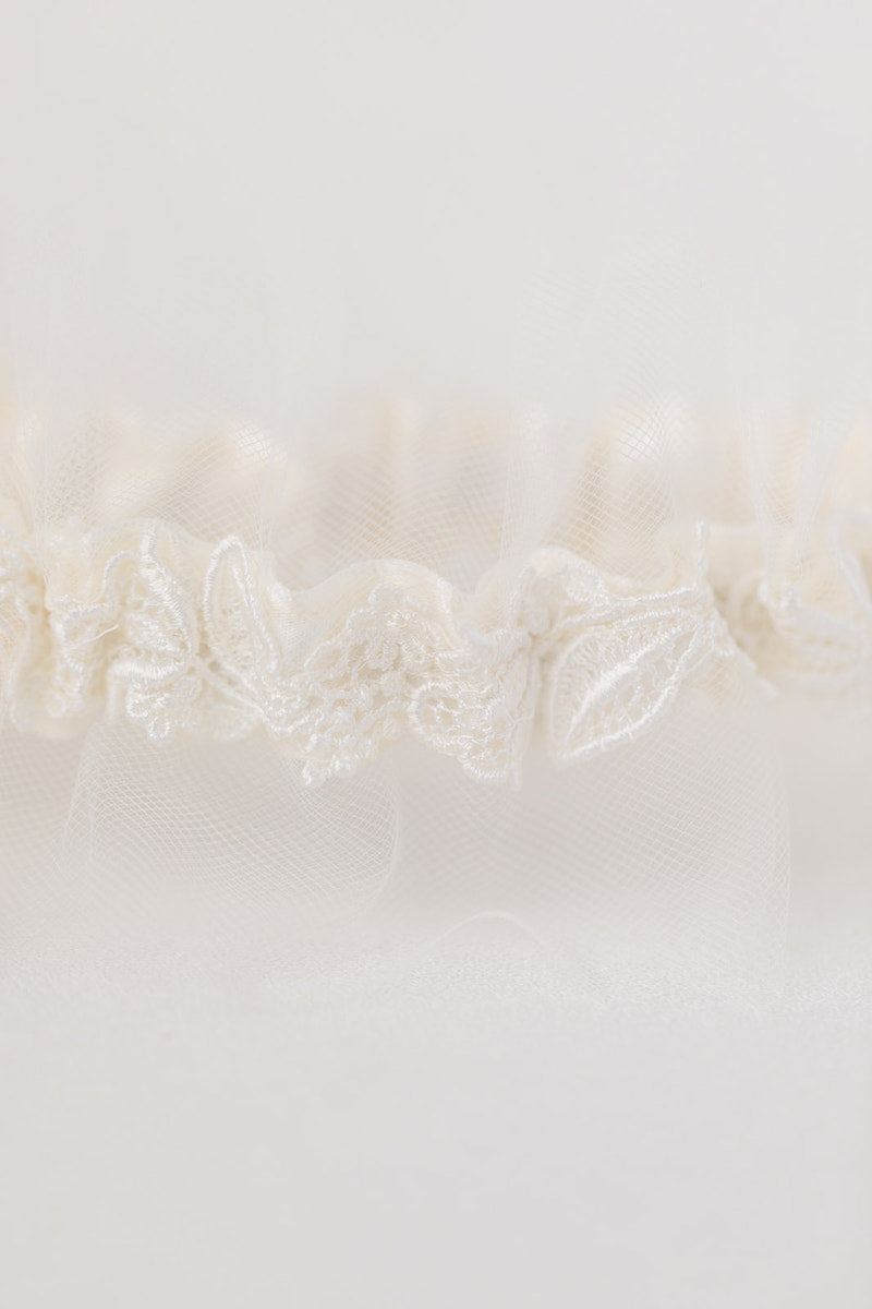 personalized wedding garter with tulle and vintage lace