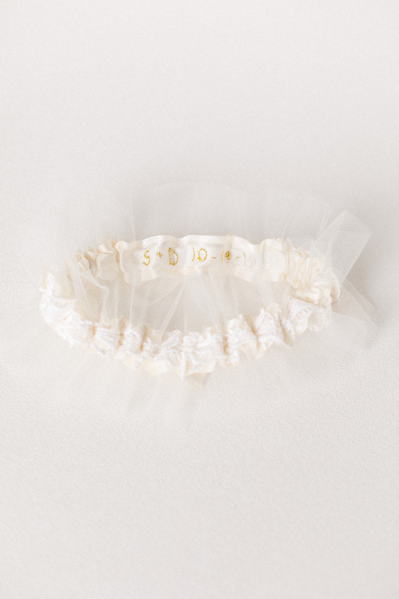 personalized wedding garter with gold wedding date on inside