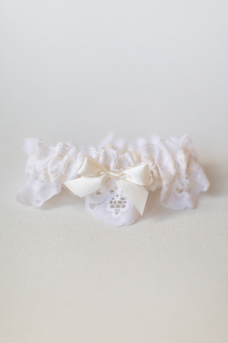 scalloped lace custom wedding garter