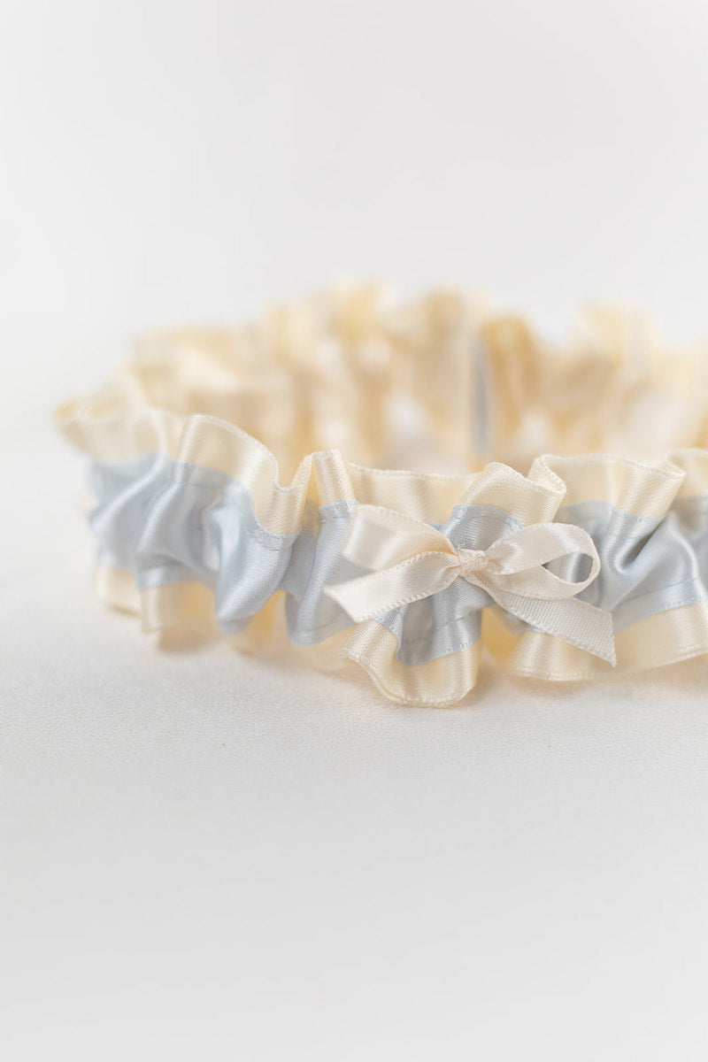 simple something blue garter for bride
