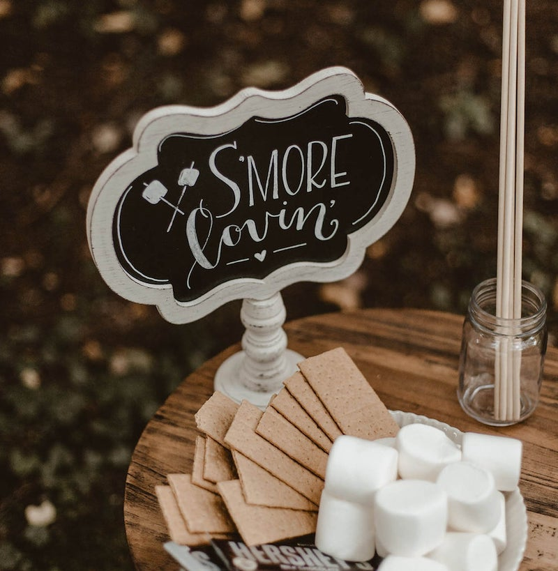 Smore Sign for Outdoor Wedding