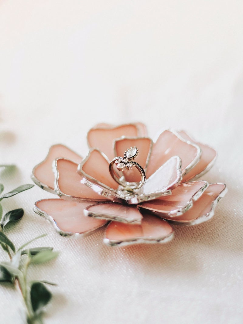 Stained Glass Flower Wedding Ring Holder