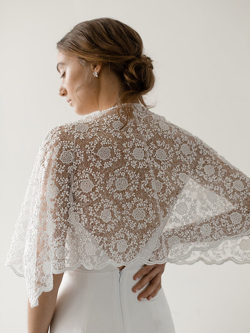 Vintage Chantilly Lace Bridal Caplet