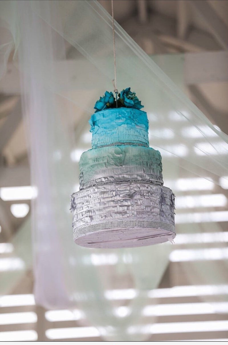 Wedding Cake Pinata