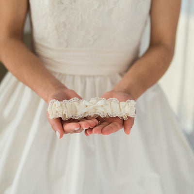 Classic Ivory Lace Wedding Garter