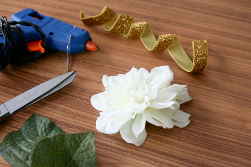 materials for wedding garter