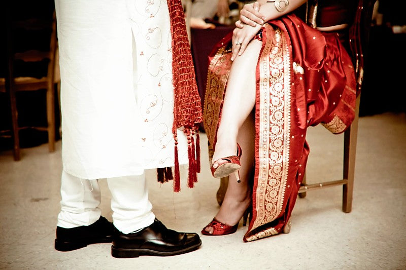 Indian-wedding-garter-removal-The-Garter-Girl-by-Julianne-Smith