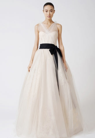Vera-Wang-Bridal-dress-Emmeline