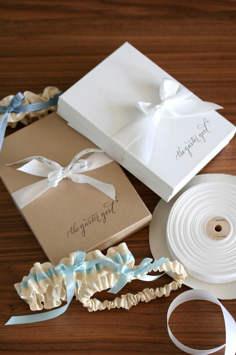 Wedding-Garter-packaging-The-Garter-Girl