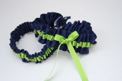 apple-green-navy-wedding-garter-set-The-Garter-Girl