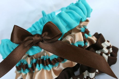 aqua-and-brown-prety-wedding-garters