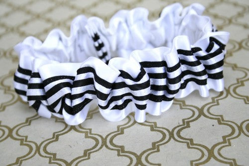 black-and-white-wedding-garter-The-Garter-Girl