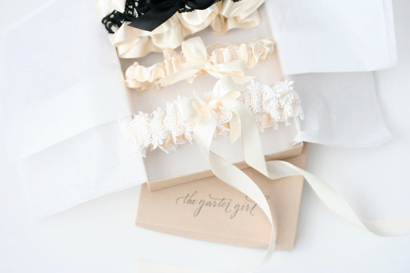 boudoir-box-wedding-garter-The-Garter-Girl-3