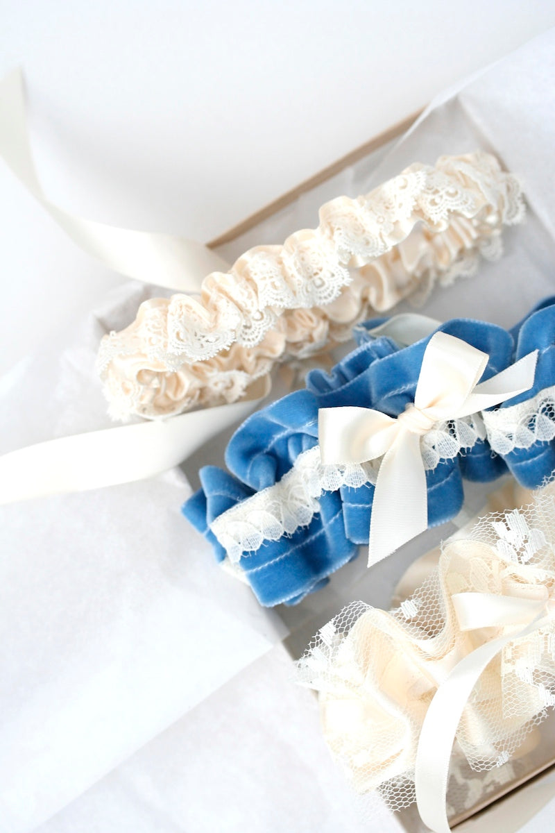 boudoir-box-wedding-garter-The-Garter-Girl