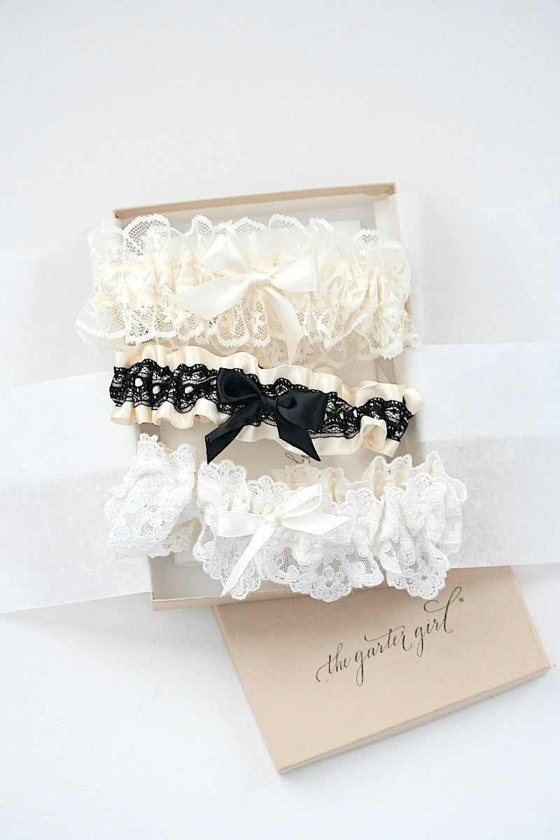 bridal-boudoir-wedding-garter-the-garter-girl