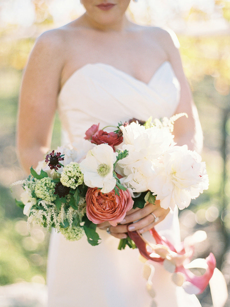 bridal-bouquet-elegant-southern-wedding-amy-arrington-photography