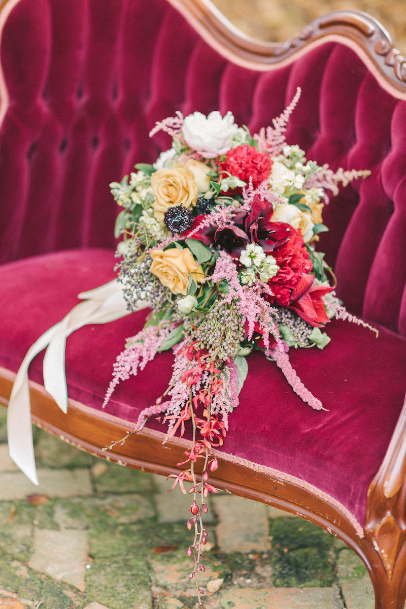 bridal-bouquet-luxurious-winter-wedding-inspiration-Liz-Fogarty-Photography