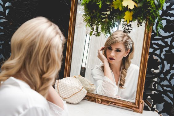 bride-vintage-glam-wedding-amanda-lauren-photography