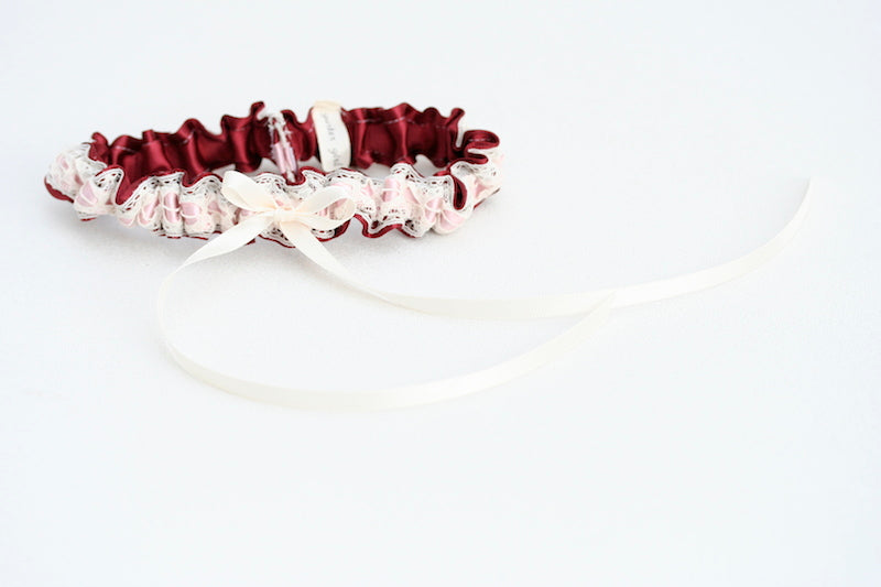 burgundy-bridal-garter-the-garter-girl