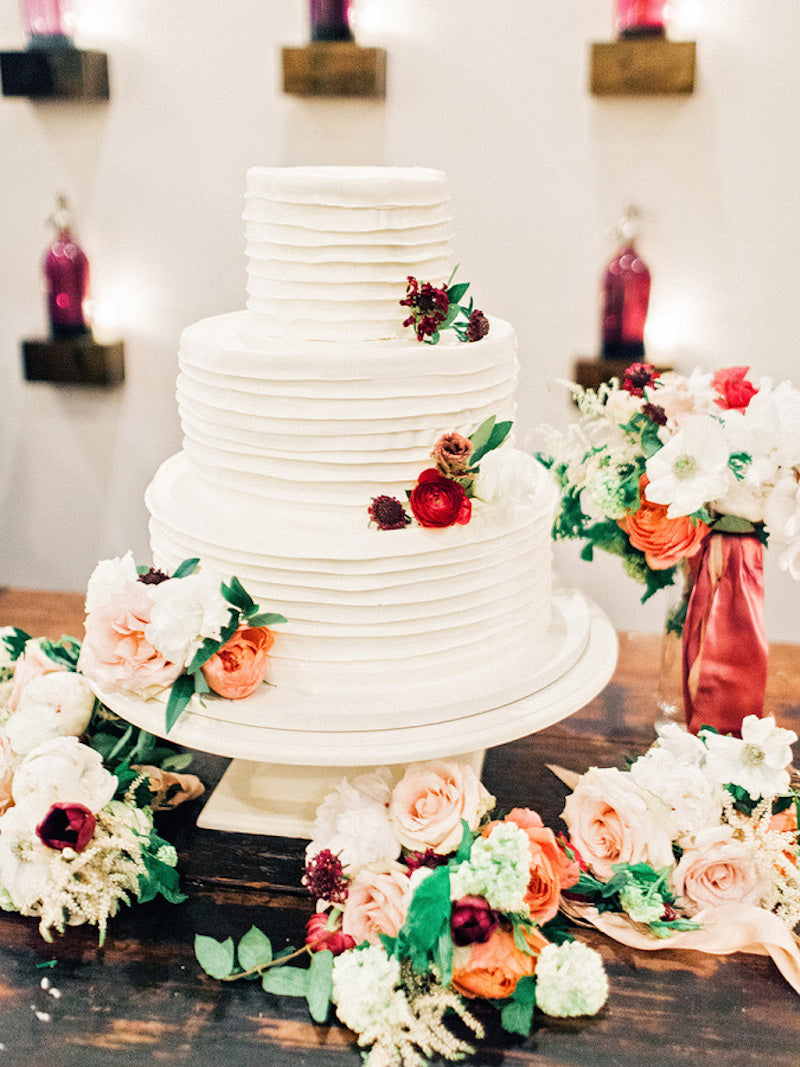 cake-elegant-southern-wedding-amy-arrington-photography
