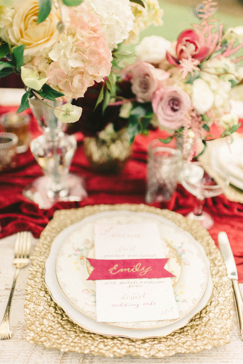 calligraphy-namecard-luxurious-winter-wedding-inspiration-Liz-Fogarty-Photography