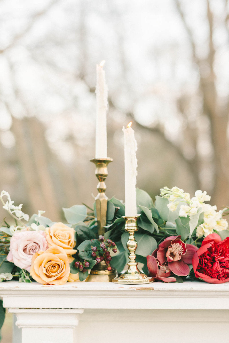 candles-luxurious-winter-wedding-inspiration-Liz-Fogarty-Photography