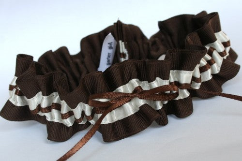chocolate-brown-and-ivory-stylish-wedding-garter