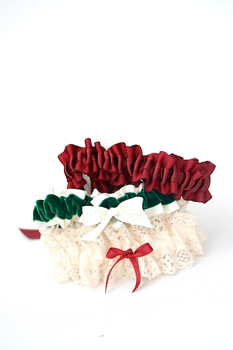 christmas-themed-wedding-garters-the-garter-girl