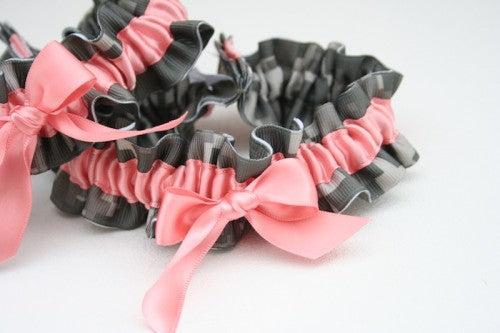 coral-and-camouflage-weddingg-garter-The-Garter-Girl