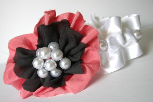 couture-wedding-garter-with-large-flower