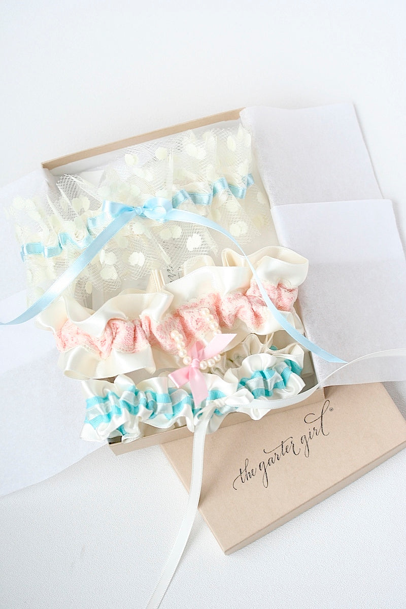 destination-beach-wedding-garters-the-garter-girl