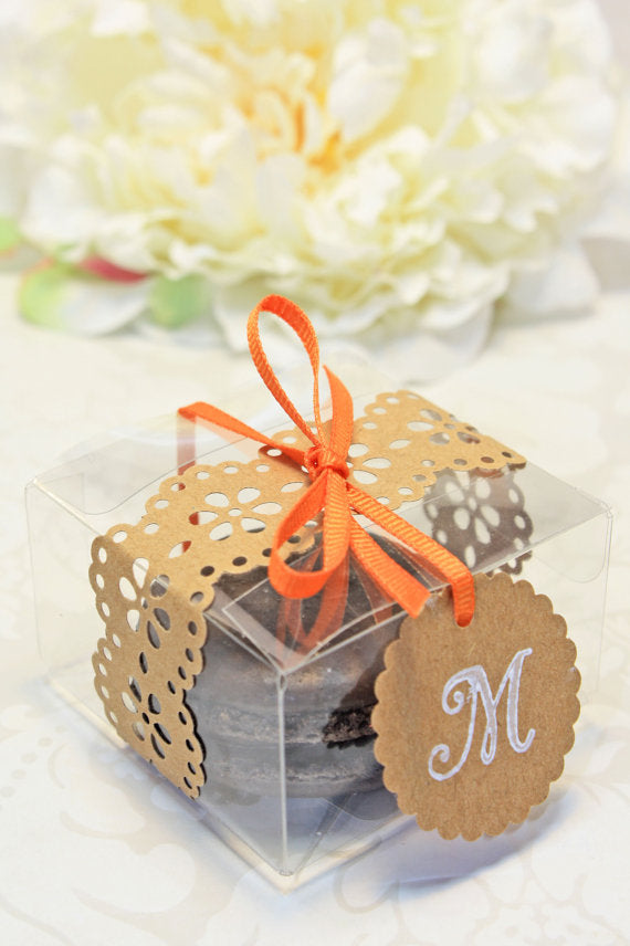 doily-wrapped-macron-boxes