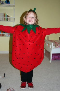 easy-diy-halloween-costume-kids-strawberry