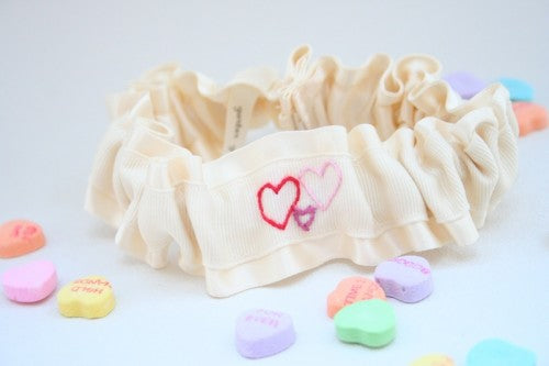 embroidered-heart-wedding-garter-The-Garter-Girl