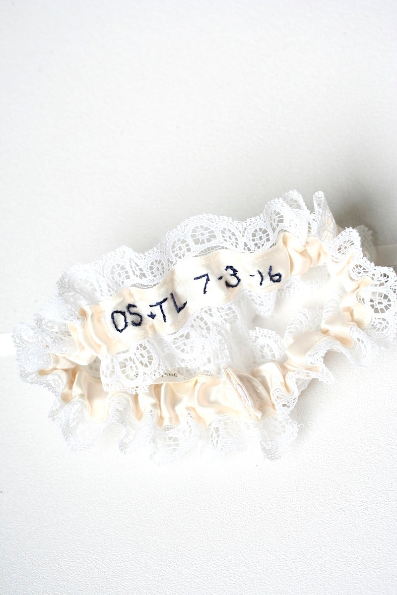 embroidered-wedding-garter-The-Garter-Girl-3